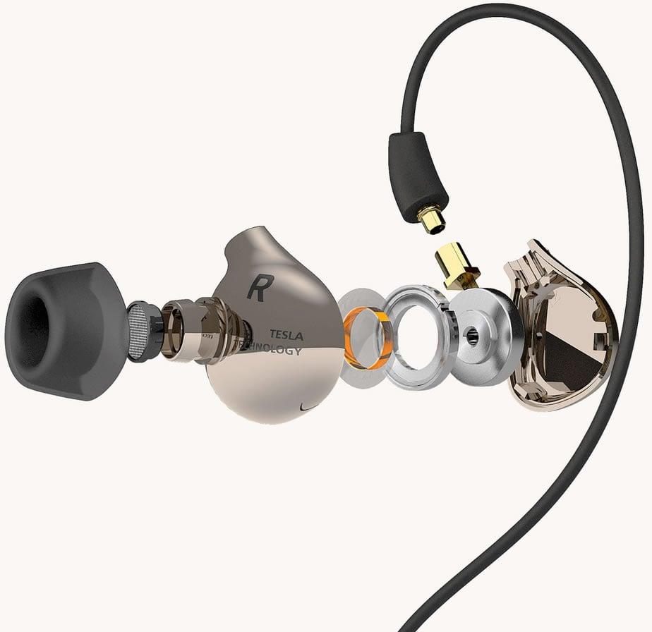 Astell & Kern Ti8e earphones-5