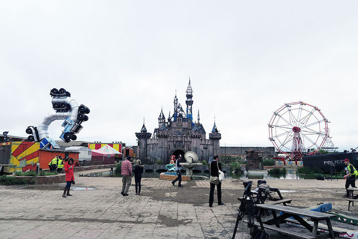 Banksy opens Dismaland 6