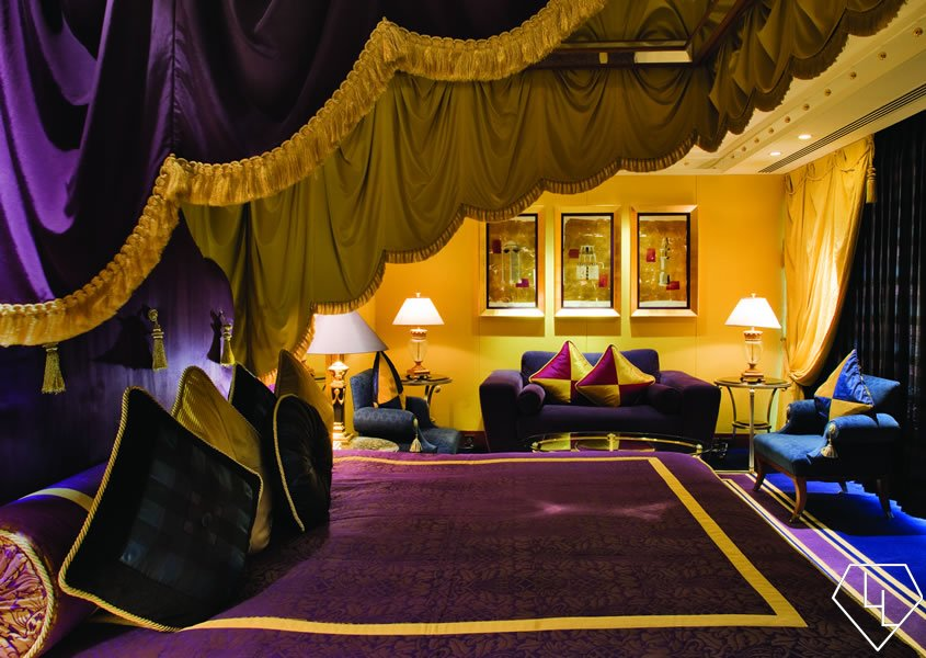 Suite of the week the deluxe one bedroom suite at burj for Burj al arab most expensive suite