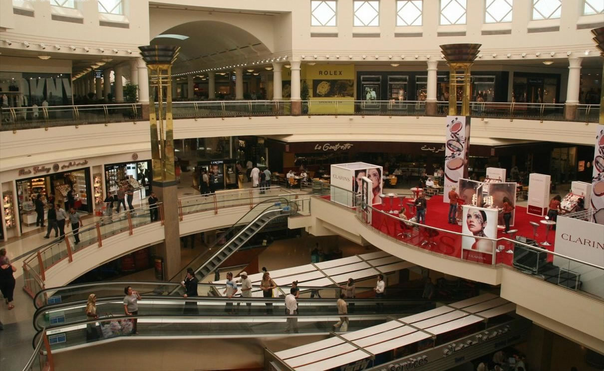 The 7 largest shopping malls in the middle east for Boutique one dubai