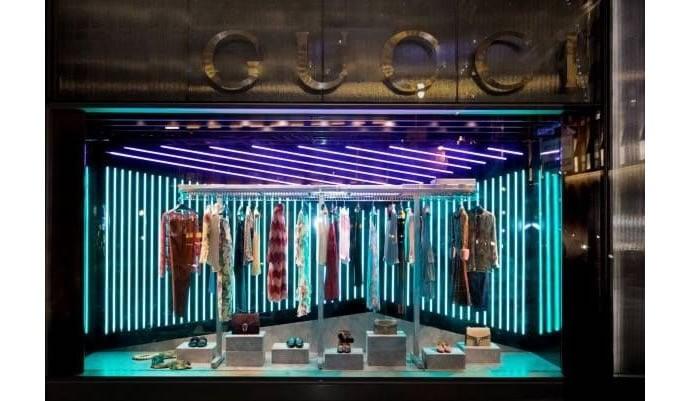Gucci-window-displays-3
