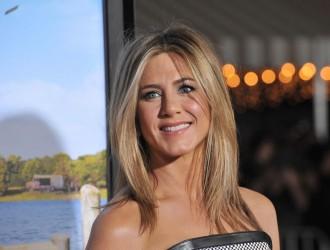 Jennifer Aniston the New Face of Emirates