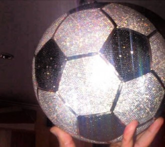 Real Madrid Kim Benzema diamond football