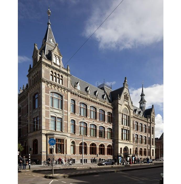 Van Gogh experience at Conservatorium Hotel Amsterdam (1)