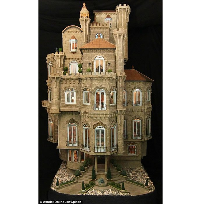 handcrafted interior pieces and 29 rooms the priciest doll house 4