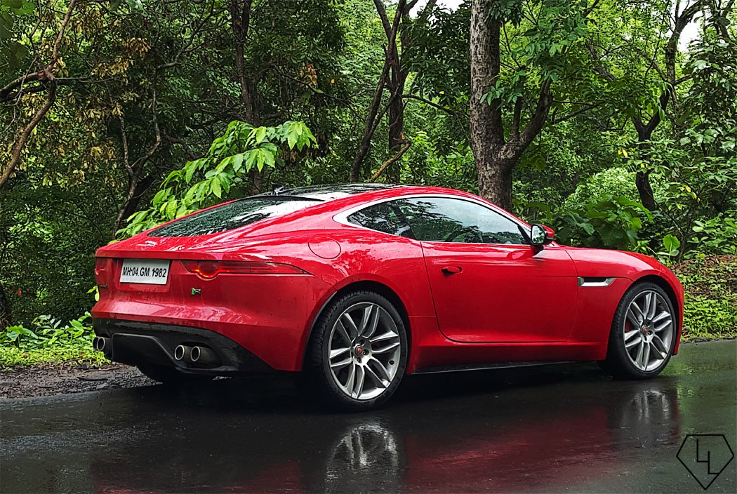 scandalous in red 48 hours with the jaguar f type coupe r in mumbai. Black Bedroom Furniture Sets. Home Design Ideas
