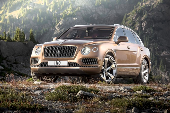 2017-Bentley-Bentayga-23