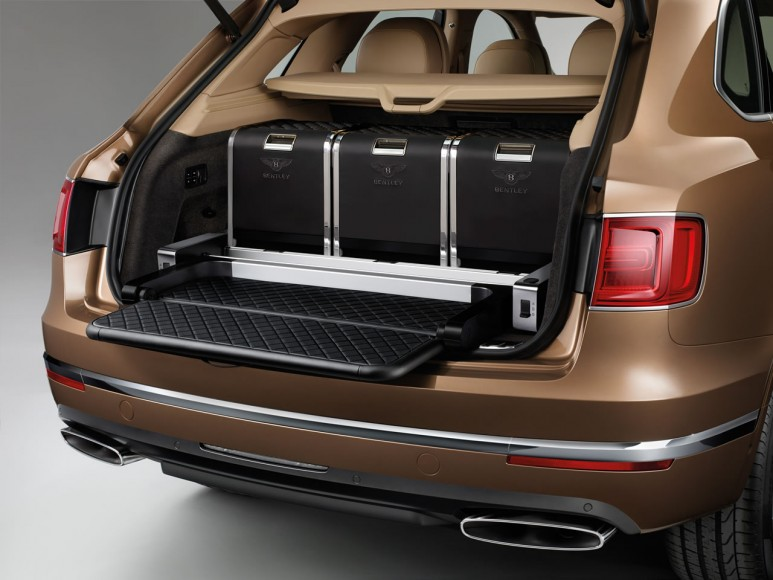 2017-Bentley-Bentayga (3)