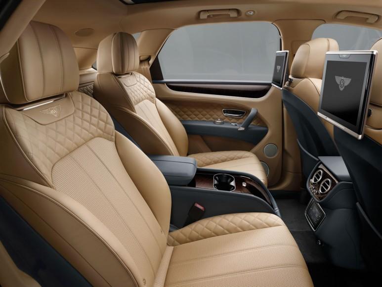 2017-Bentley-Bentayga (5)