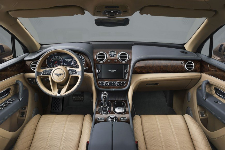 2017-Bentley-Bentayga (6)
