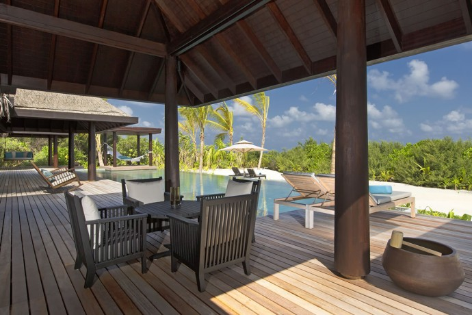 30 Three Bedroom Beach Pool Residence deck