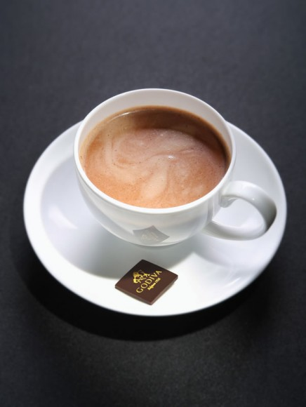 GODIVA Hazelnut hot milk chocolate drink