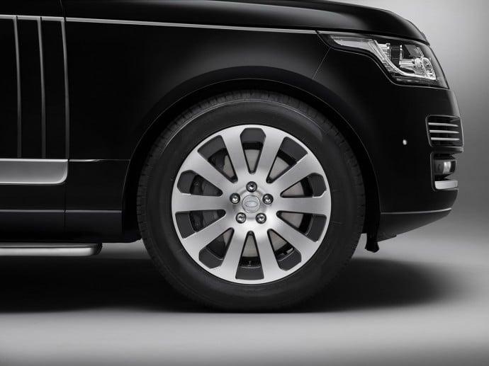 Land Rover unveils Range Rover Sentinel-3