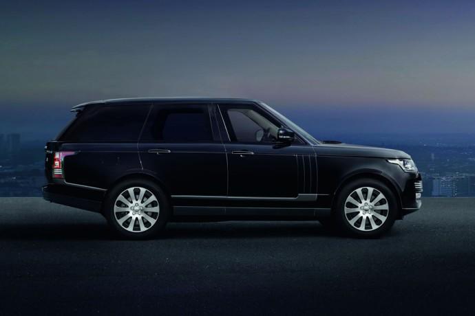 Land Rover unveils Range Rover Sentinel-4
