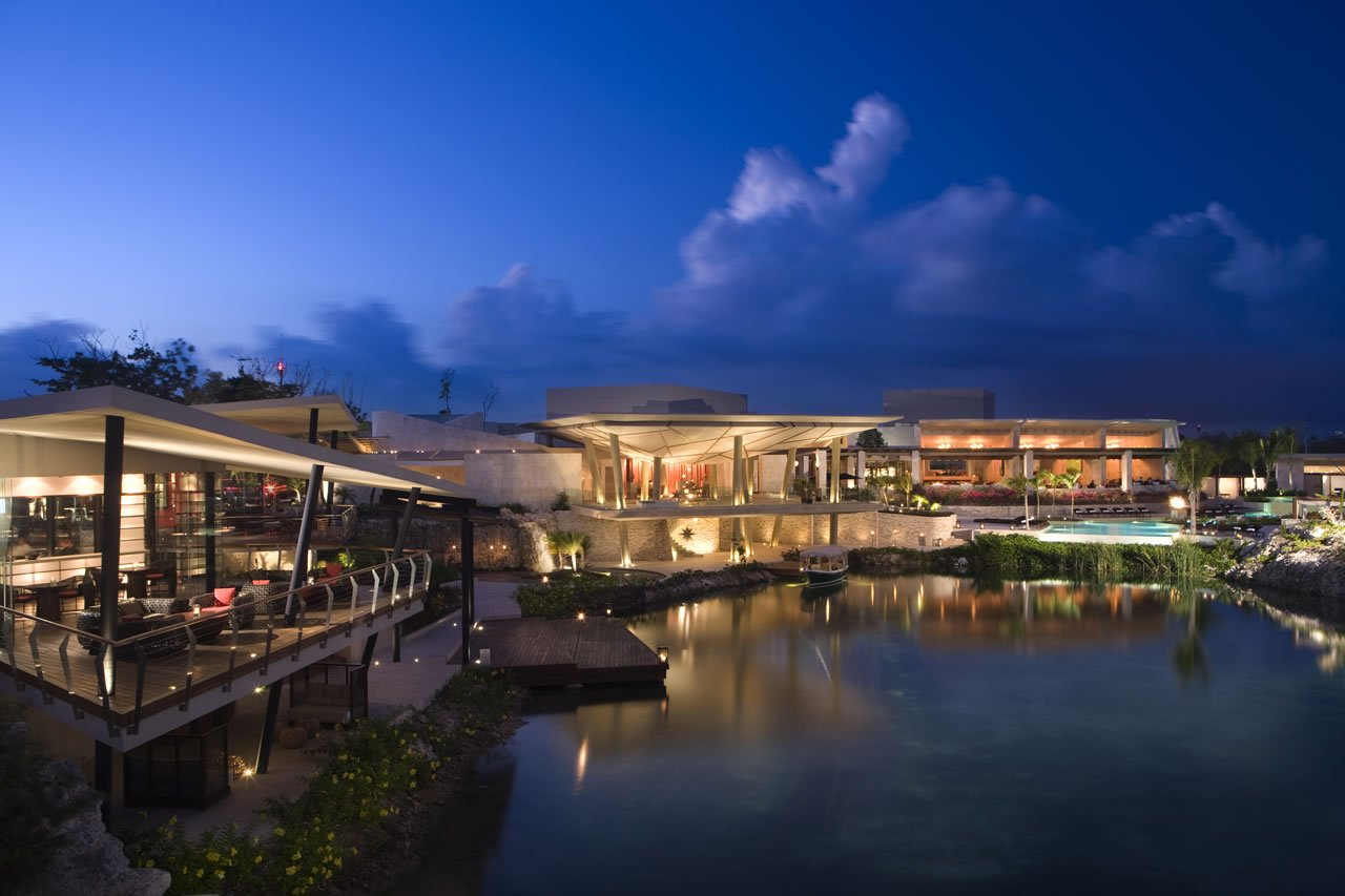 Rosewood Mayakoba Resort Overview
