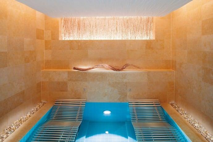 diors first hotel spa 2