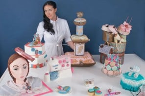 image of DW in her cake atelier
