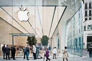 jony-ive-apple-store-1
