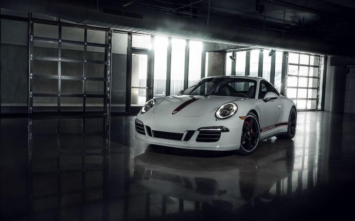 http://luxurylaunches.com/wp-content/uploads/2015/09/porsche-911-carrera-2.jpg