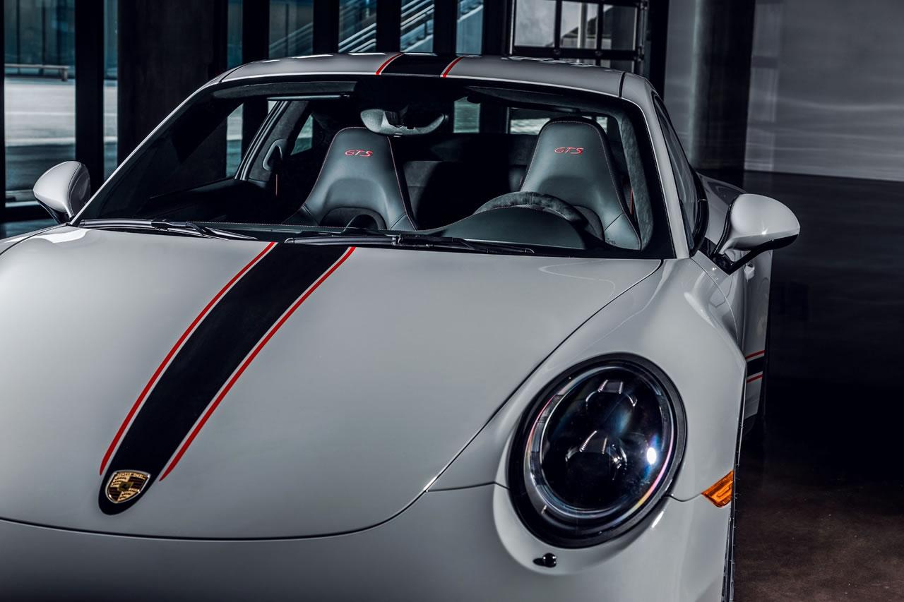 Laguna Seca Raceway >> Porsche unveils the monstrous 911 GTS Rennsport Reunion ...