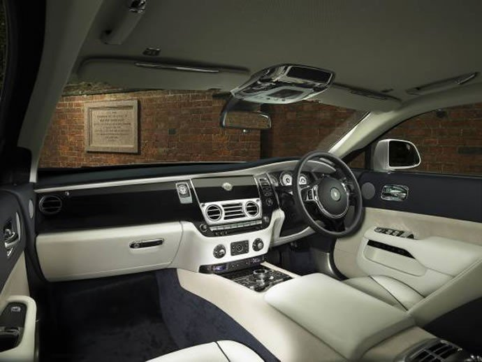 rolls-royce-wraith-history-of-rugby-6