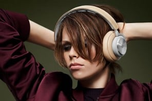 1 BeoPlay H7