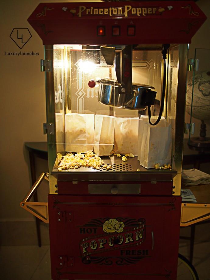 Popcorn-in-Lobby