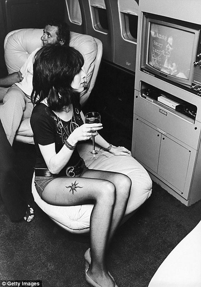 Glamorous air travel 6