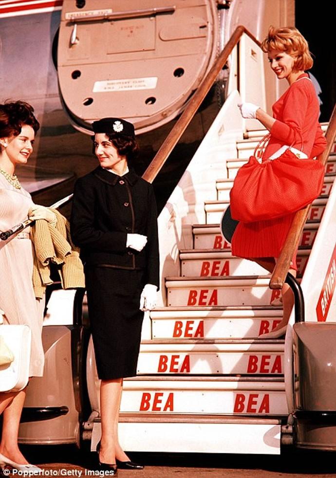 Glamorous air travel 7