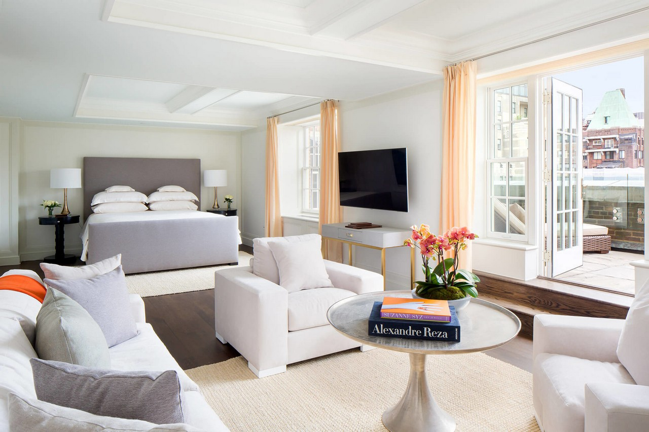 Nyc Hotel Suites 2 Bedroom At 75000 A Night This Is The Most Expensive Hotel Suite In The