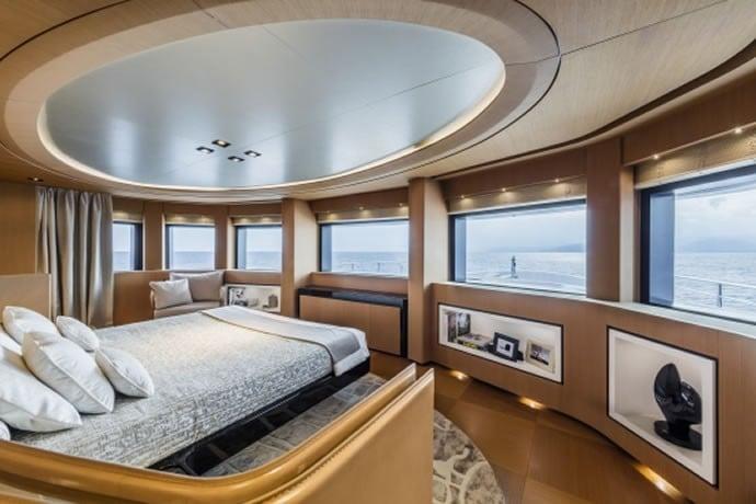 Monaco Yacht Show 9