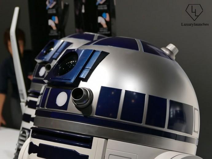R2D2 robot 5