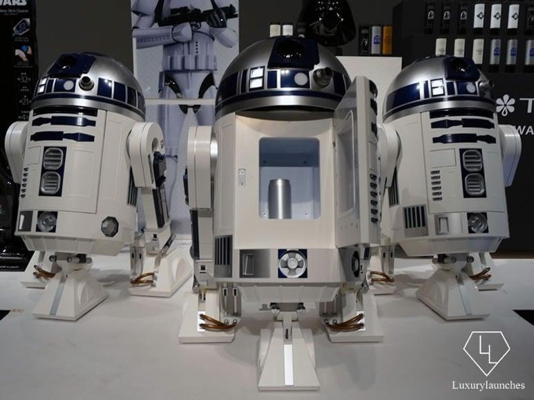 R2D2 robot 7