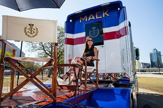 Sultan-of-Johor--Mack- 2