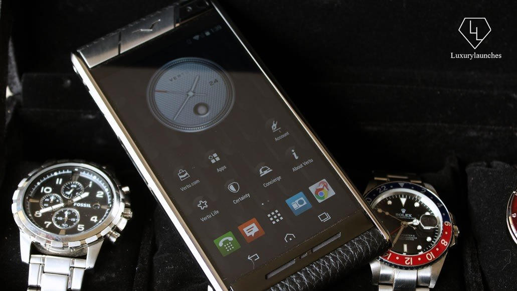 A classy handset deserves classy accessories