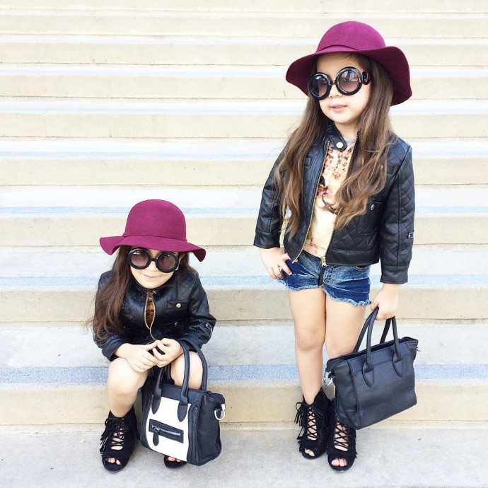 b7de472cd00a Adorable twins dressed as Chanel bags for Halloween and more -