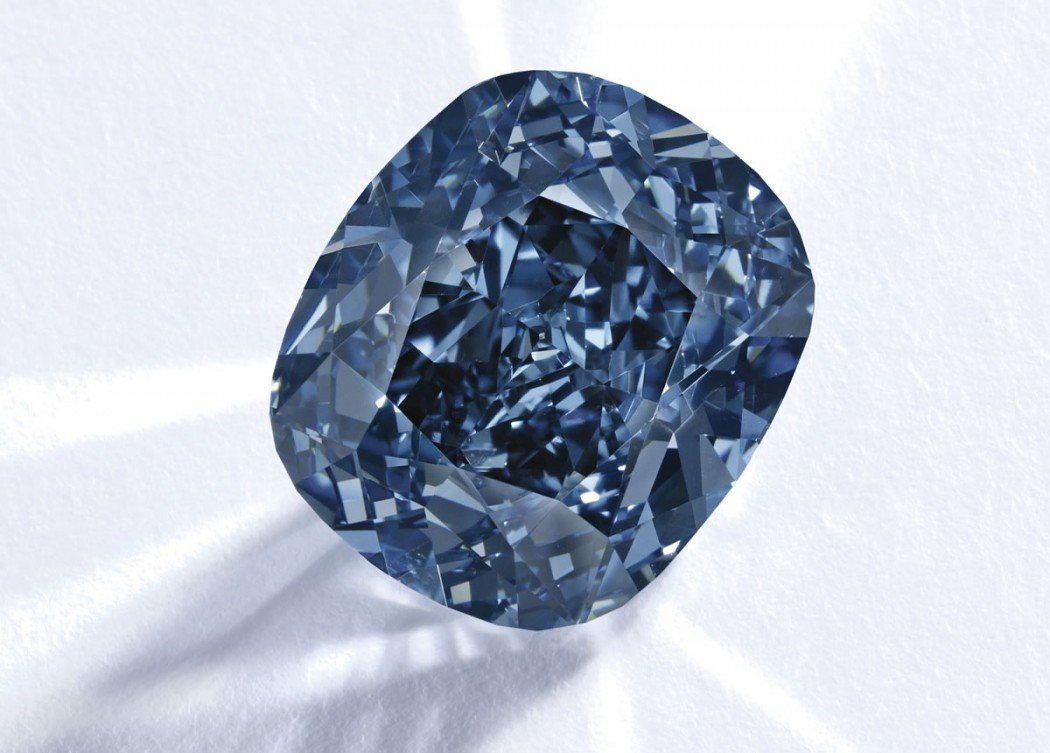 Auctioned At 46 2 Million This Diamond Has Shattered All