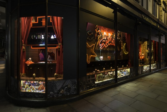 once-upon-a-christmas-harrods-5