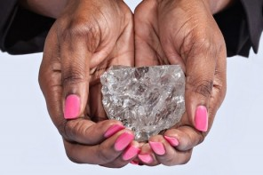 the-second-largest-diamond-ever-found-was-just-recovered-from-a-mine-in-africa