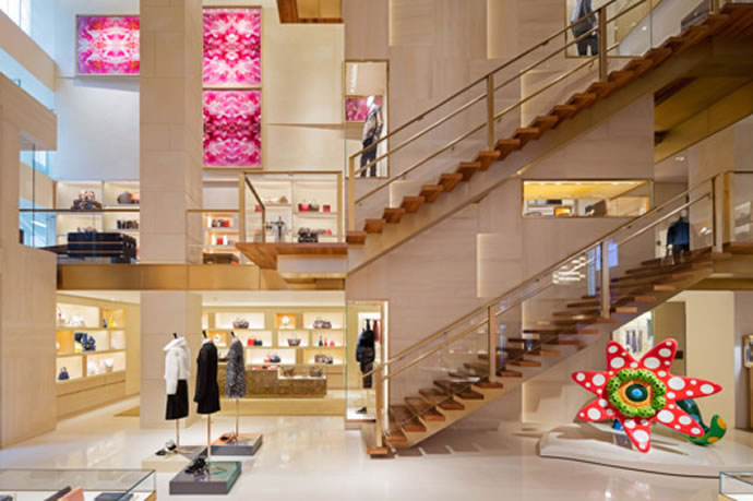 Louis Vuitton 39 S Fifth Avenue Store Reopens Bigger And