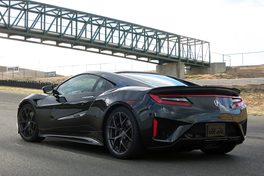 The revolutionary 2017 Acura NSX to hit American streets with a price tag of $156,000