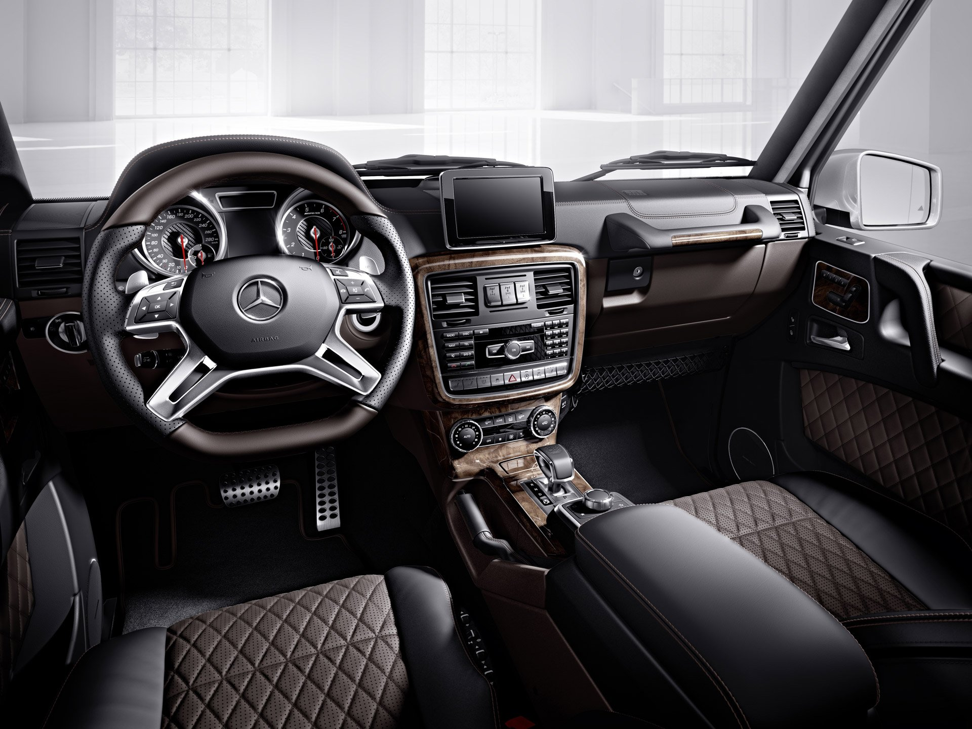 Designo manufaktur enables buyers to customize their mercs for Leder auto interieur