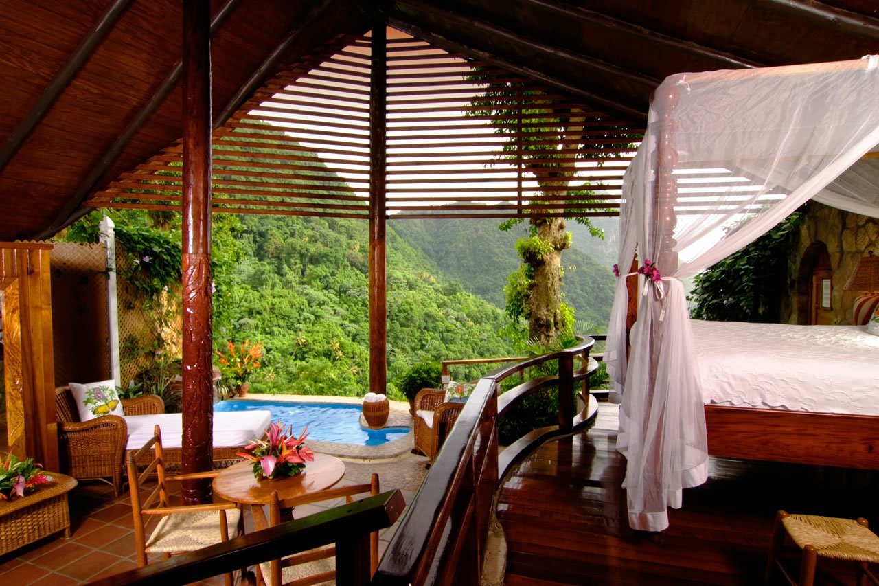 5 Outdoor Hotel Rooms That Will Make You Want To Go On A Vacation Right Now