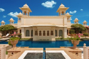 Private Swimming Pool -  The Kohinoor Suite - The Oberoi Udaivilas, Udaipur