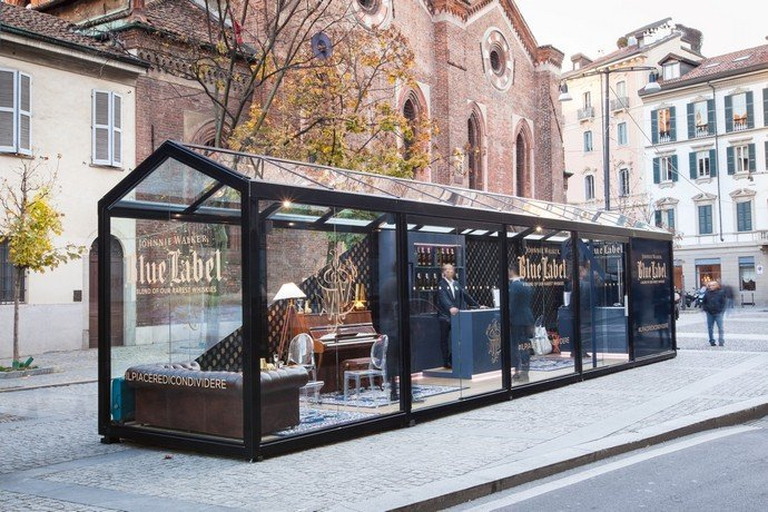 Check out johnnie walker blue label s milan pop up store for Unique design milano
