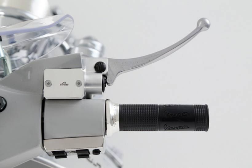 bunney-vespa-px-150-scooter-4