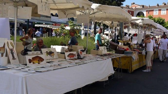 place-des-lices-market-st-tropez-saint-tropez