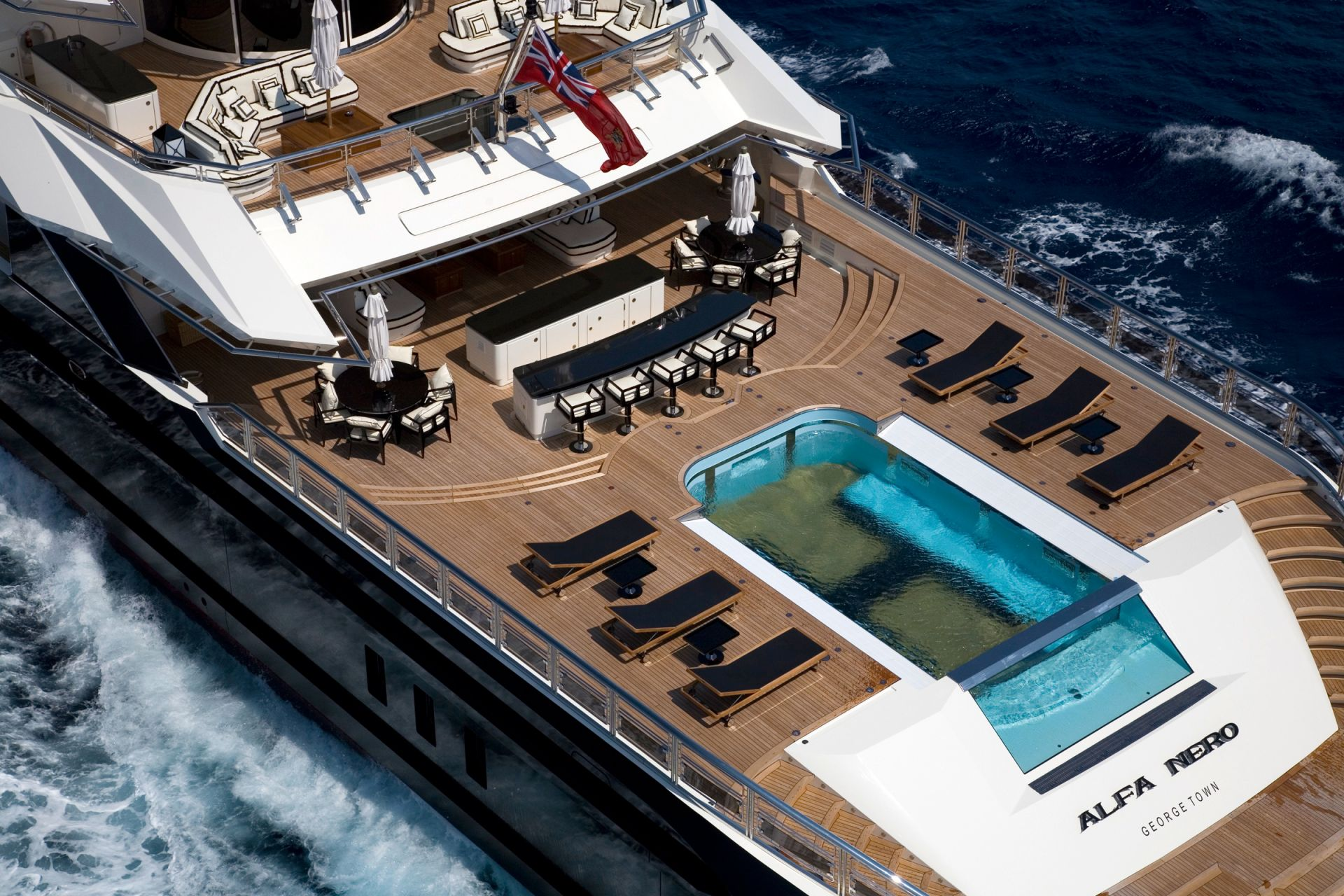 Weve Been Exploring These Yachts Too And Just Drawn Up A List Of The Top 5 Super In World With Waterfalls Read On Dive