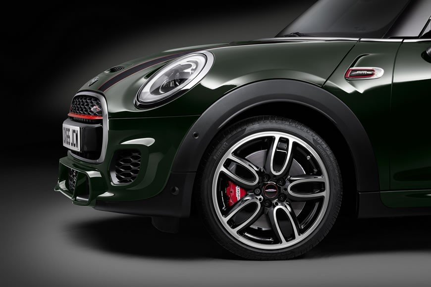 Mini-John-Cooper-Works-Convertible-10