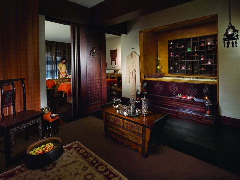 CHI, The Spa – Couples treatment suite